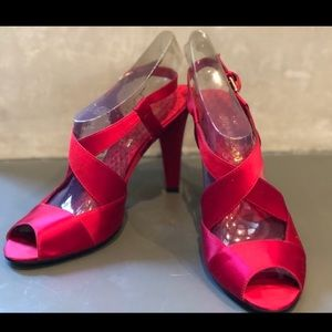 Enzo Angiolini - red statin heels